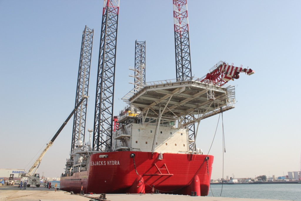 Seajacks Hydra to Help Out with Beatrice OTM Commissioning