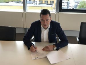 DEME and iPS Sign Personnel Supply Deal