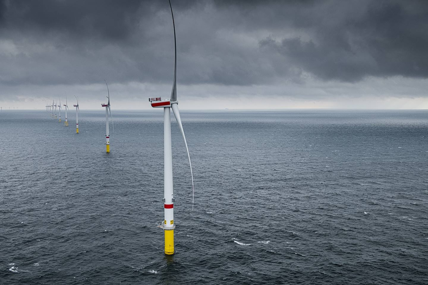 Offshore Wind to Hydrogen Project Takes Off in Germany