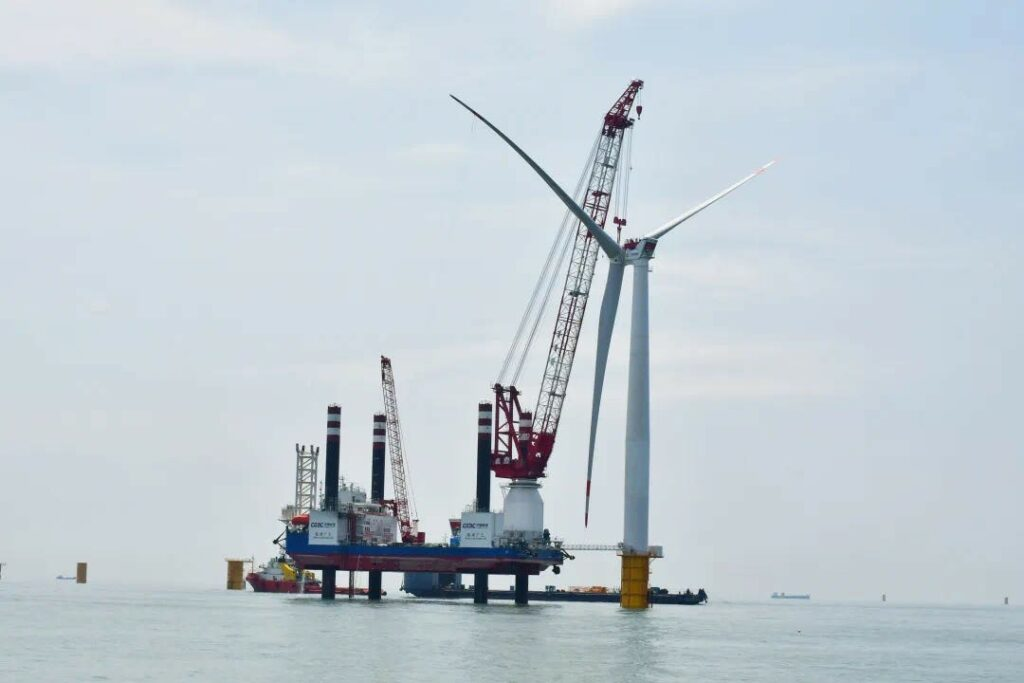 OuYang 002 wind turbine installation vessel