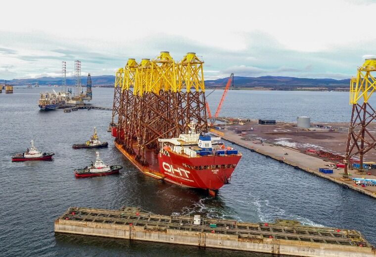 OHT vessel Hawk with the final ten jackets in the Port of Nigg