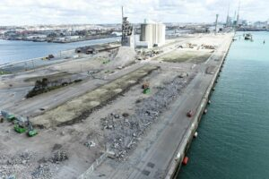 Le Havre Port Upgrading Quay for Siemens Gamesa's Plant