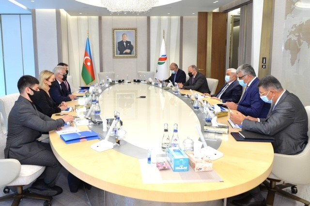 QA photo from the signing of the cooperation agreement between SOCAR and Technip Energies