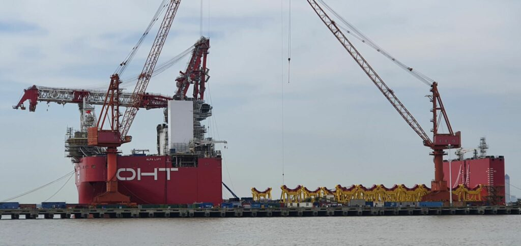 A photo of Alfa Lift's crane being installed
