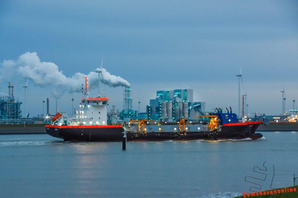 LNG baggerschip Ecodelta in Eemshaven. Foto, Mariska Burema, Eemshavenonline.nl