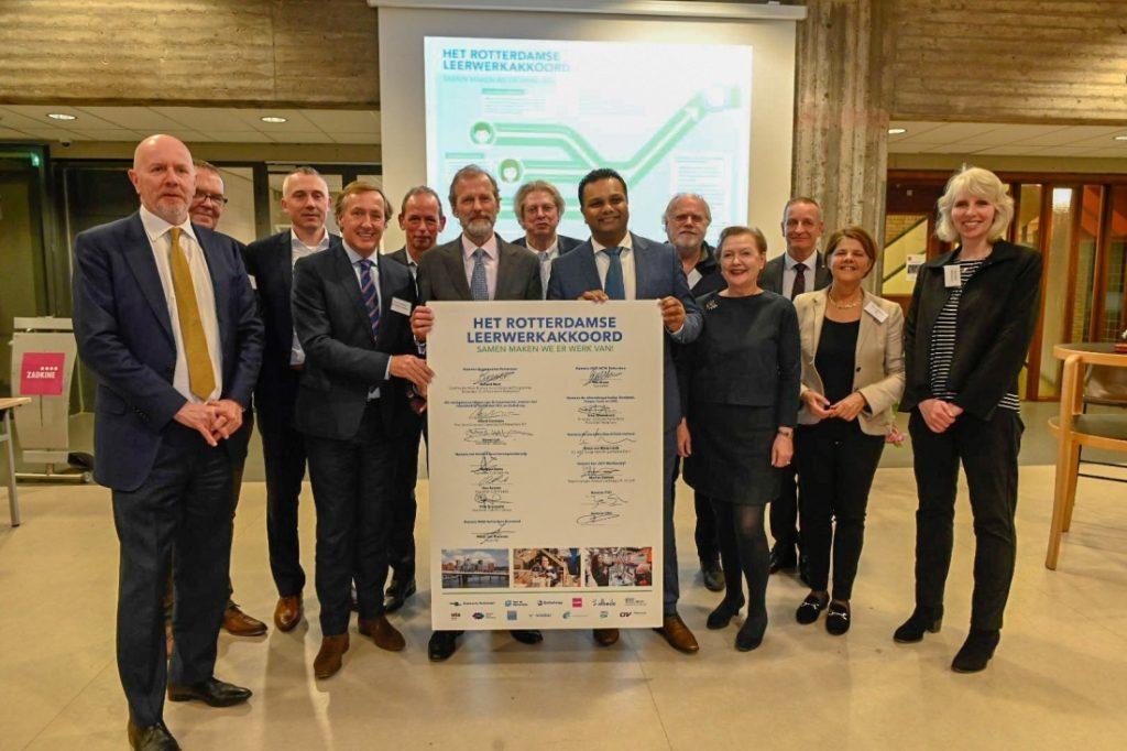 Het Rotterdamse Leerwerkakkoord. Foto, Jan van der Ploeg