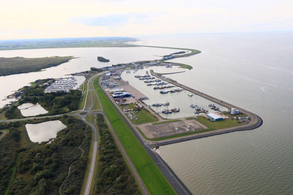 Inspectievlucht boven haven Lauwersoog_FOTO_Luchtsurveillance Rijkswaterstaat pb 21-10-2019