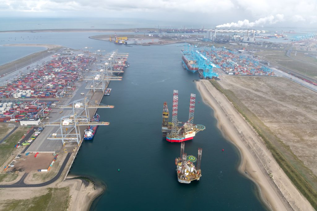 Prinses Amaliahaven in Rotterdamse haven. Foto, Paul Martens.