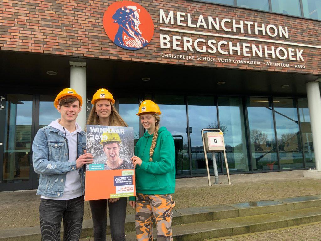 Leerlingen van Melanchton komen met beste idee voor duurzame energie op zee.