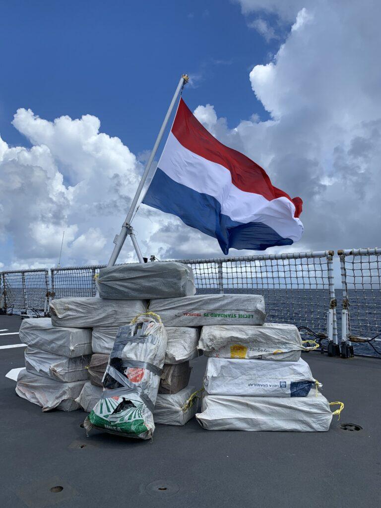 Drugsvangst aan boord van Zr.Ms. Groningen. Foto, Defensie