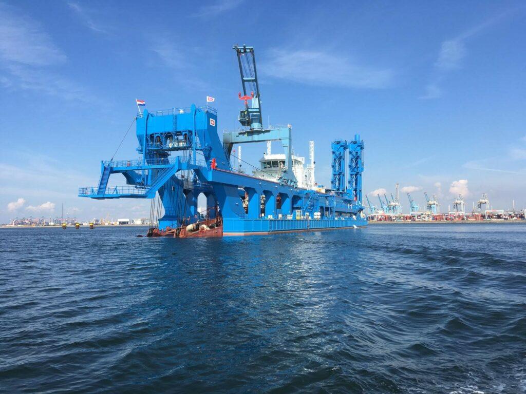 Royal IHC draagt 2e CSD over aan Suez Canal Authority