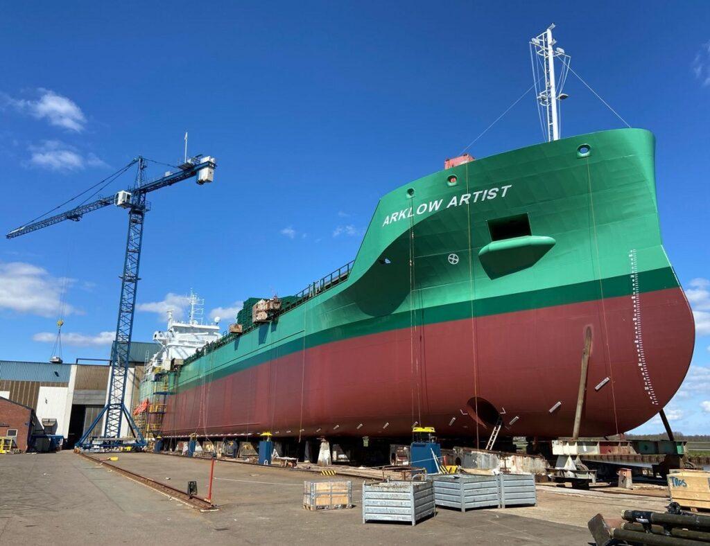 Cargo Vessel 'Artist'van Arklow.