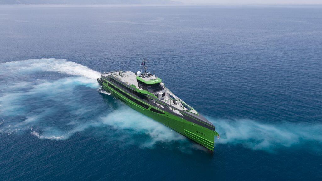 Fast Crew Supplier Aqua Helix. Photo, Damen