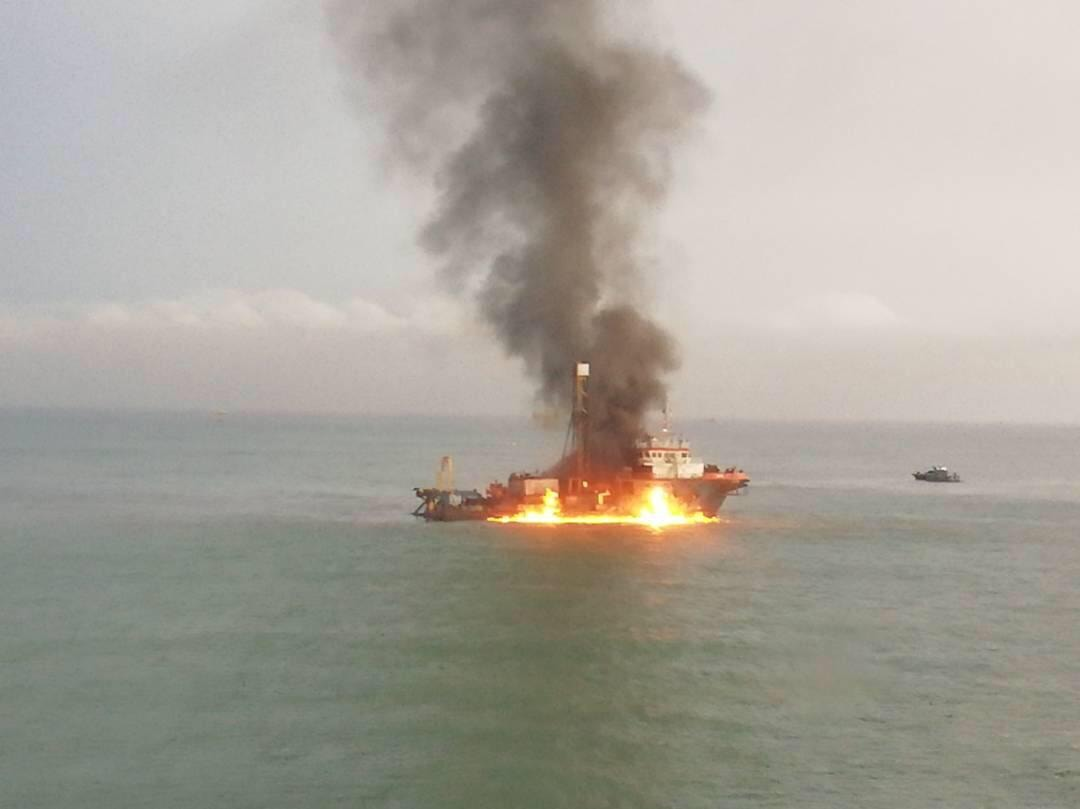 Two crew die as Malaysian ship hits Petronas oil rig