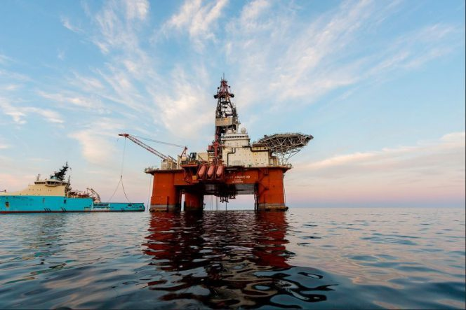 West Aquarius rig. Photographer: Karen Chappell/Bitstop – shared with permission from the photographer