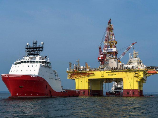 HYSY 982 drilling rig / image by Gazprom Neft