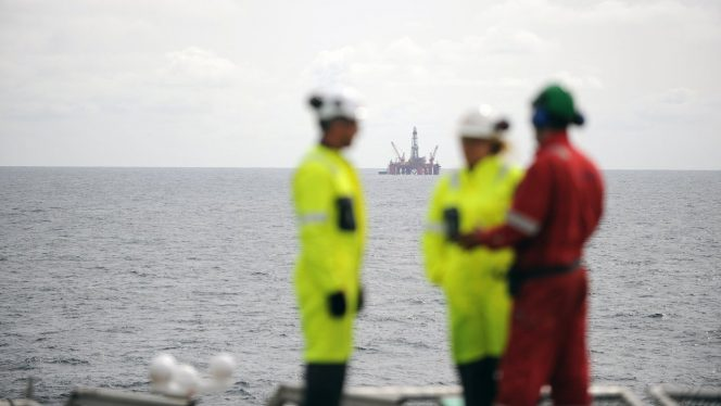The Transocean Leader drilling rig in the North Sea. (Photo: Harald Pettersen / Equinor ASA)