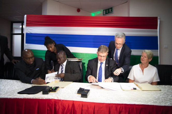 The signing ceremony / Image source: GNPC