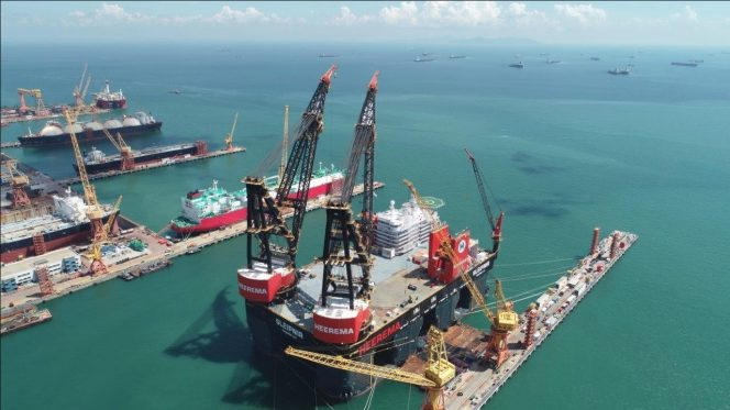 The Sleipnir in Singapore - Image by Sembcorp Marine