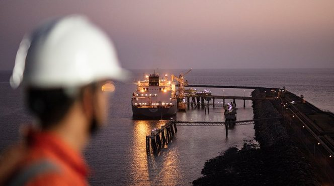 Hong Kong duo ink LNG supply deal with Shell