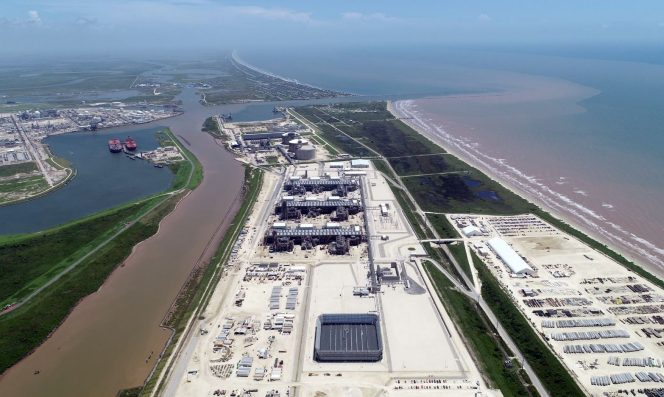 Freeport LNG's Train 1 enters final commissioning stage