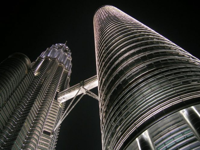 Illustration: Petronas Towers - Image by Jonathan Choe / Flickr - Shared under CC BY-ND 2.0 license
