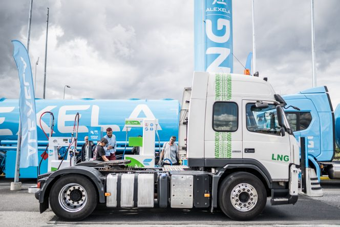 Alexela opens its first LNG fueling station