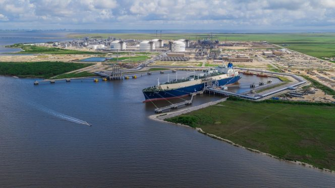 Centrica's first LNG cargo under deal with Cheniere leaves Sabine Pass