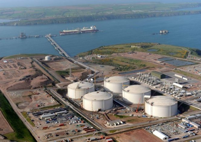 Qatari cargo heading for South Hook LNG