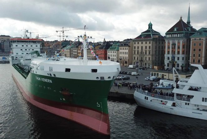 Thun Tankers christens LNG-fueled Thun Venern in Stockholm