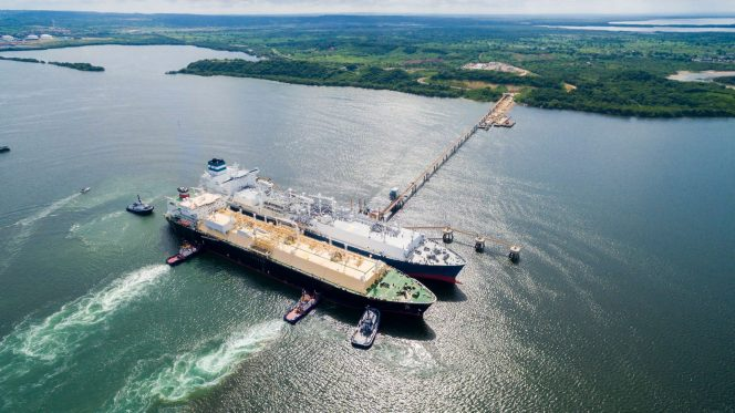 Vopak grabs stake in Colombian LNG import facility