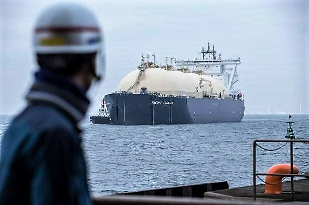 Japan's spot LNG prices flat in March