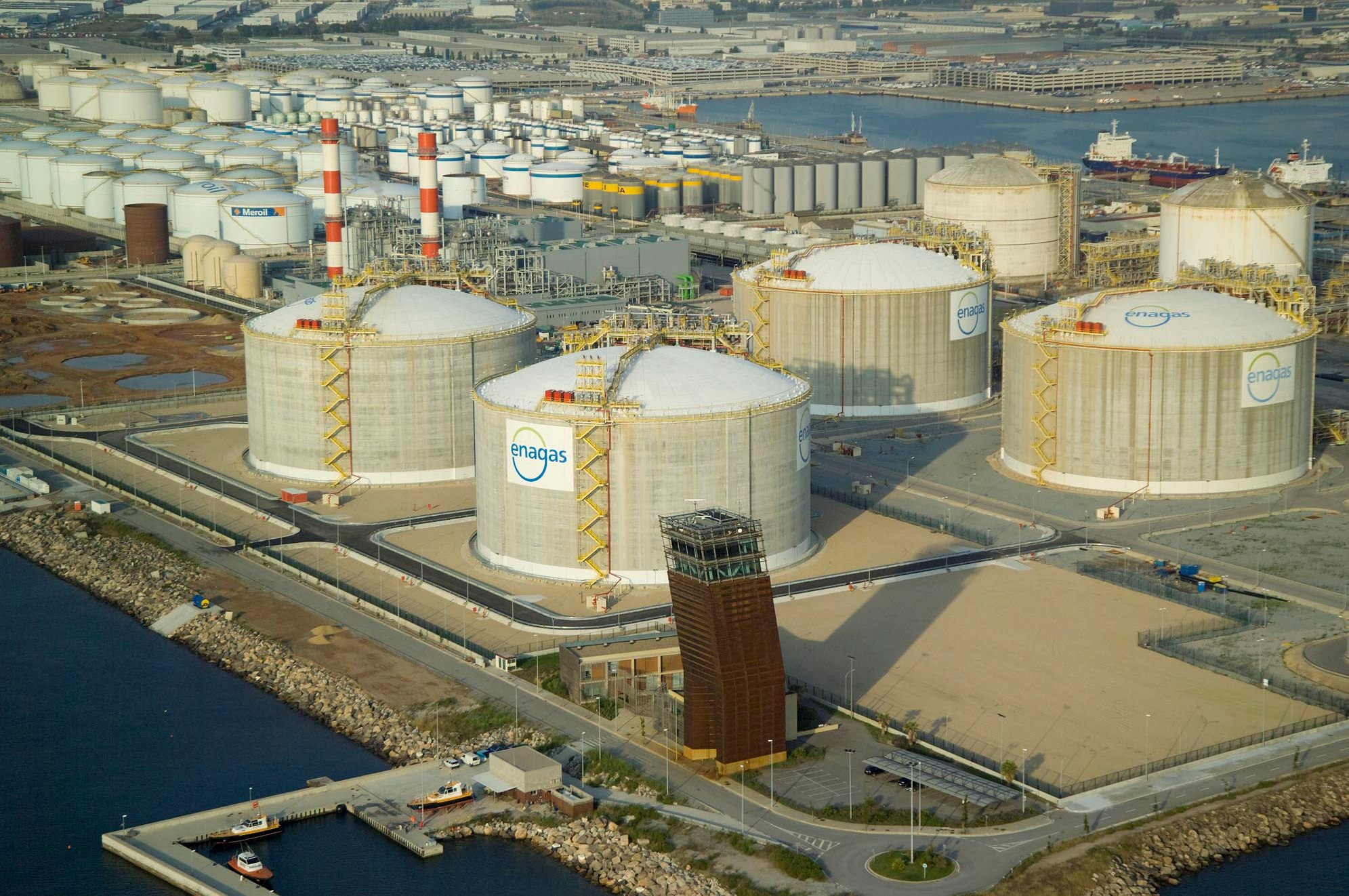 Spain LNG imports jump in March