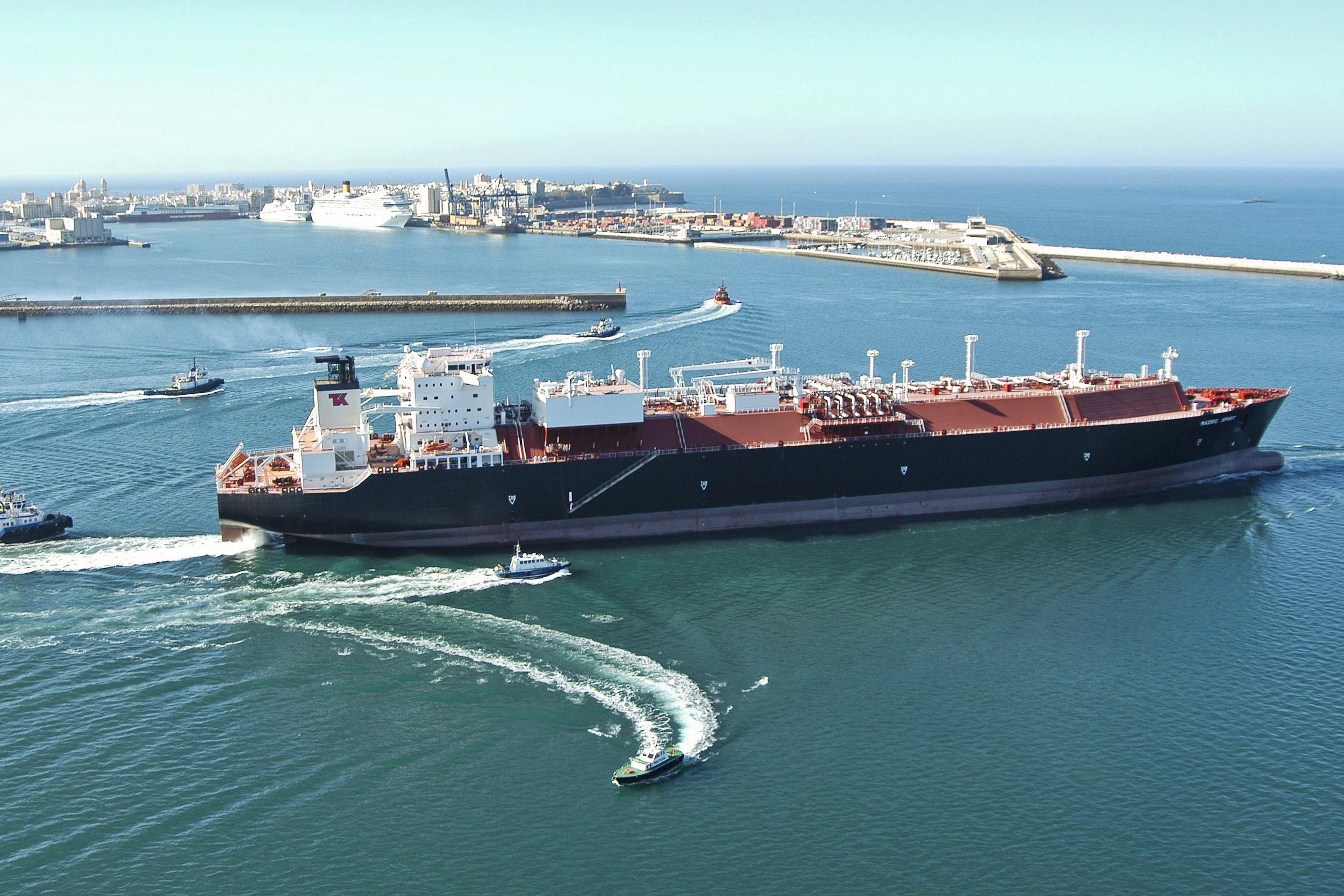 Write-downs push Teekay LNG to Q1 loss