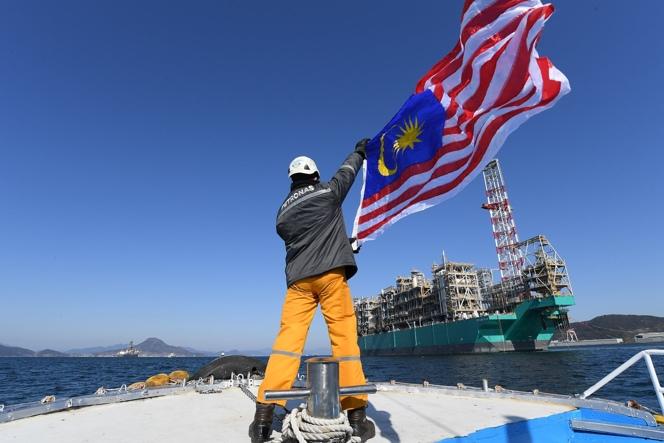 Petronas' PFLNG Dua