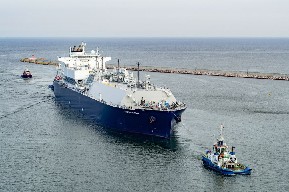 GasLog Warsaw delivering a cargo to the Swinoujscie terminal