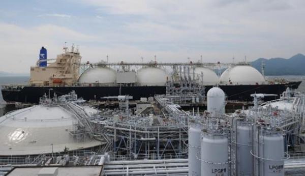 Tokyo Gas, Hiroshima Gas, get first commingling LNG cargo
