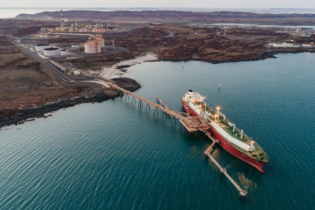 Australia: LNG export earnings forecast to dip