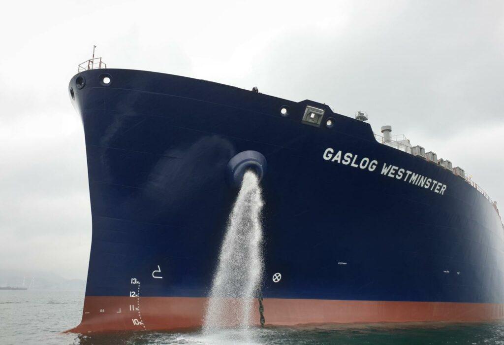GasLog takes newbuild LNG tanker delivery, agrees $1 bln refinancing