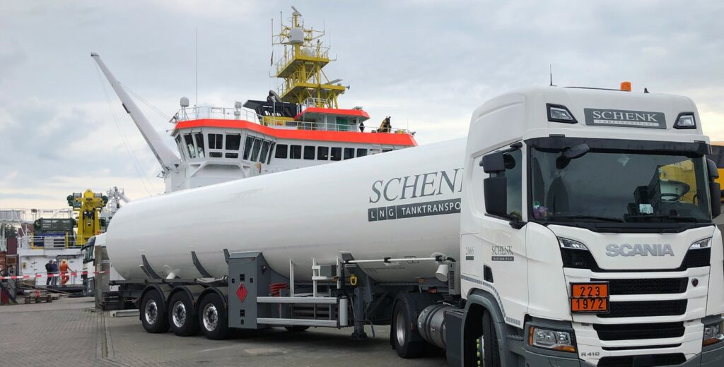 Gasum claims another LNG bunkering first