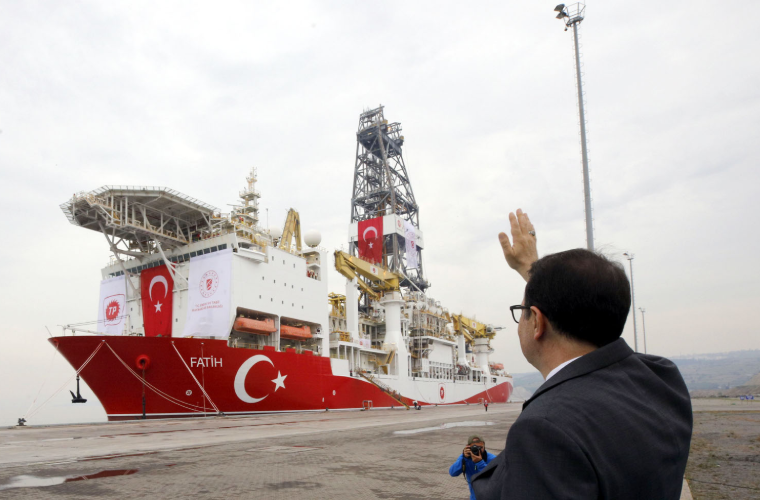 Fatih Donmez bidding farewell to the Fatih drillship; Source: Turkish Ministry of Energy and Natural Resources