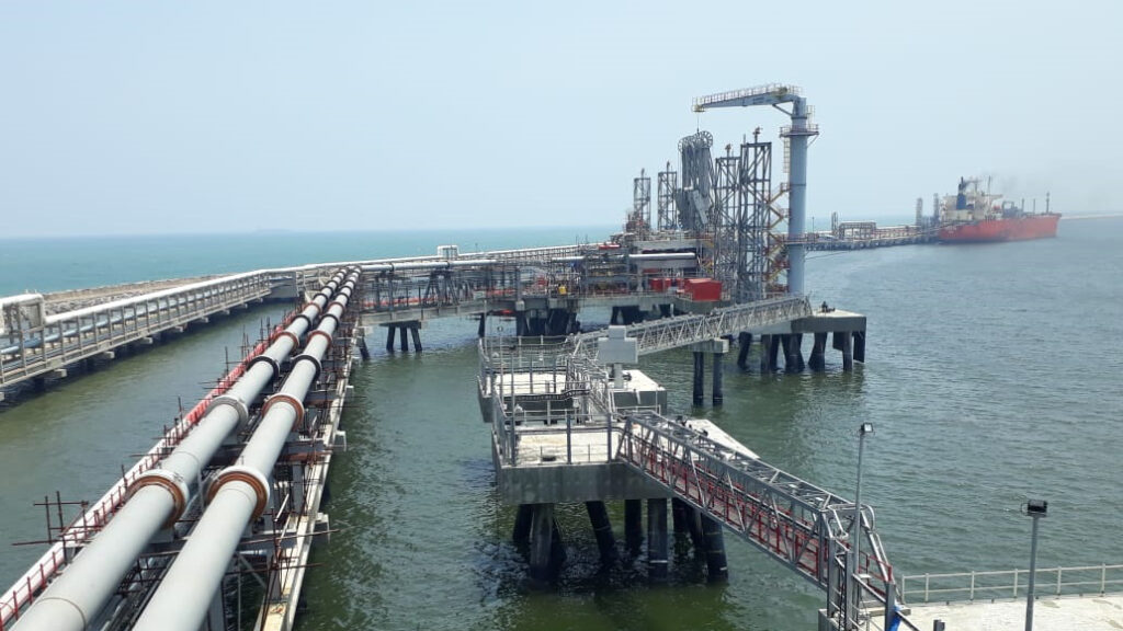 IOC floats tenders for two LNG cargoes