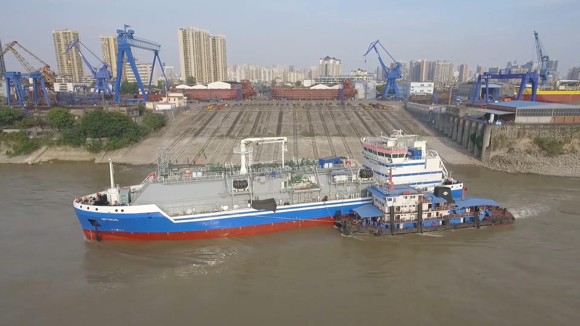 Elenger's LNG bunkering vessel nearing completion