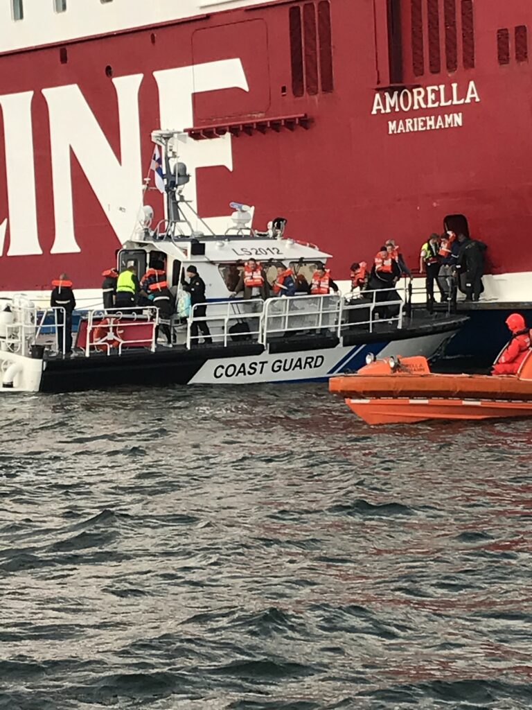 Viking Ship Runs Aground Off Finland All Passengers Evacuated Offshore Energy