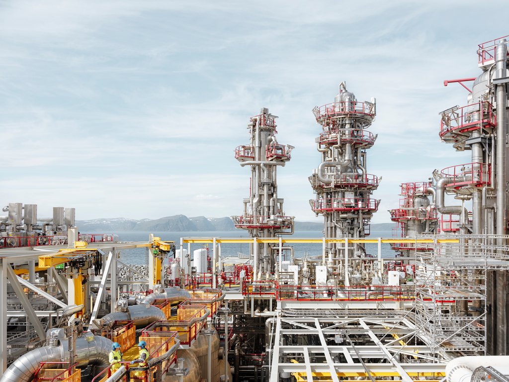 Equinor closes Hammerfest LNG after fire