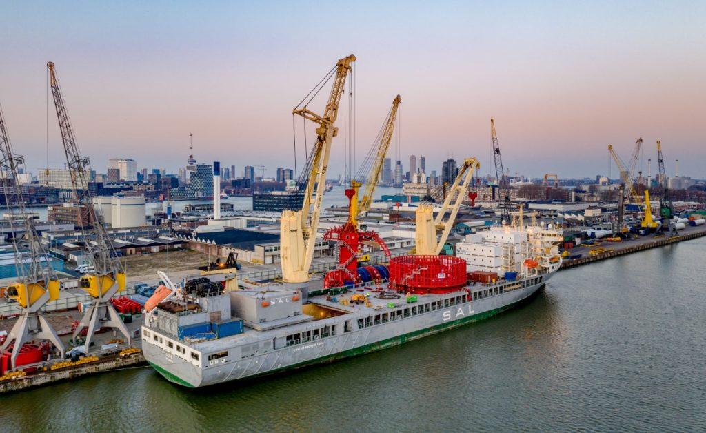SAL heavy lift vessel