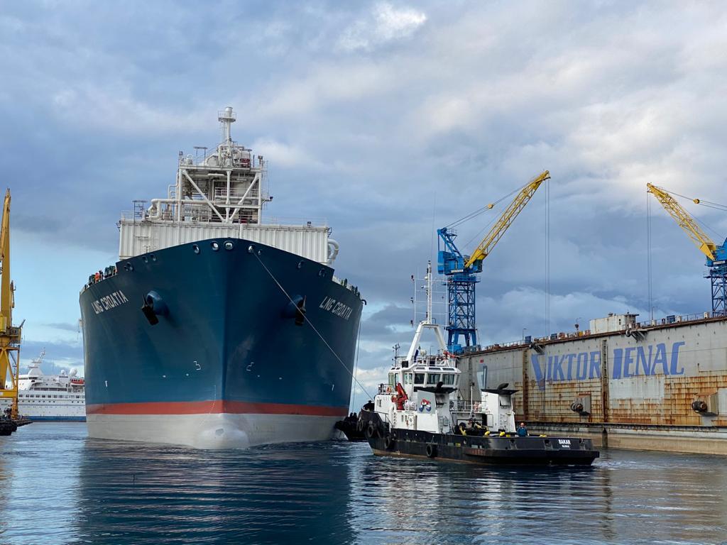LNG Croatia FSRU arrives at Viktor Lenac shipyard