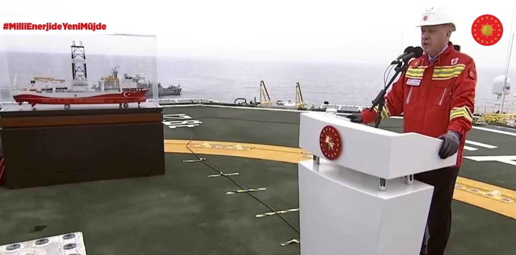 Recep Tayyip Erdoğan speaking onboard the Fatih drillship; Source: Erdoğan's Twitter account