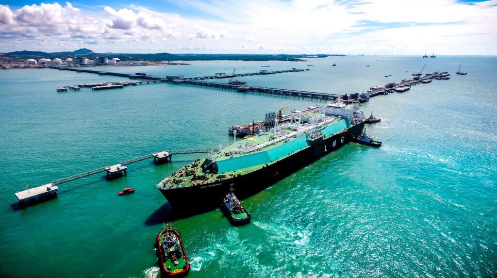 Petronas unit secures $409 million financing