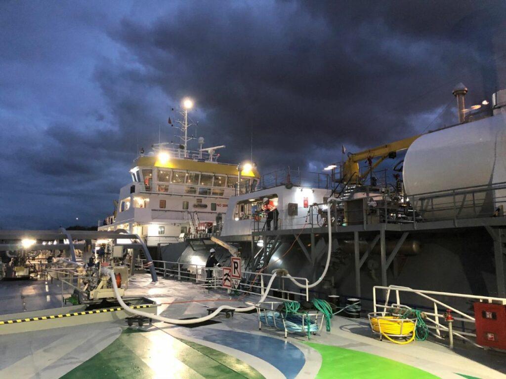 Titan LNG bunkers Sefarina LPG carrier in Rotterdam